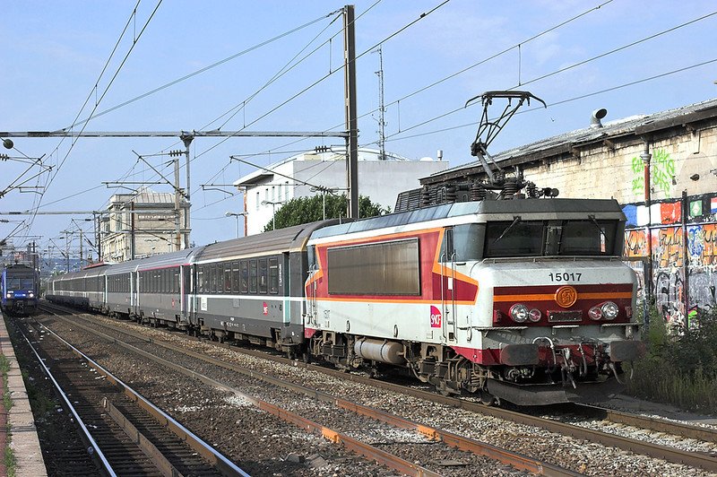 115017 Saint-Denis 10/9/2012<br /> 12322 1524 Mauberge-Paris Nord