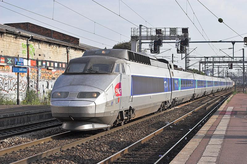 TGV81 Saint-Denis 10/9/2012<br /> TGV7067 1716 Paris Nord-Lille Flandres