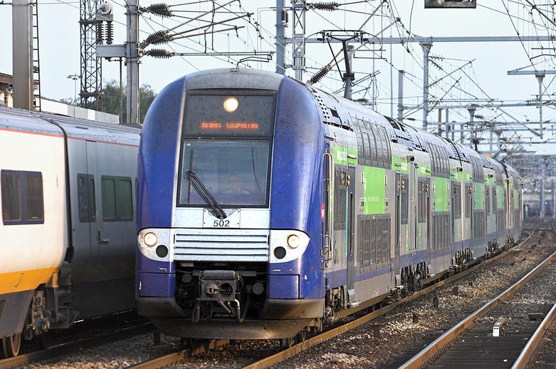 502 Saint-Denis 10/9/2012<br /> 48533 1910 Paris Nord-Amiens