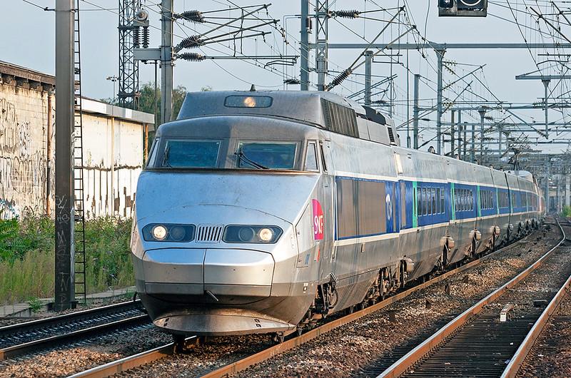 TGV08 and TGV10, Saint-Denis 10/9/2012<br /> TGV7277 and TGV7477 1846 Paris Nord-Boulogne Ville and Lille Europe