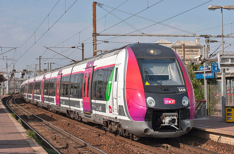 Z50108 Saint-Denis 10/9/2012<br /> 25742 1609 Persan Beaumont-Paris Nord