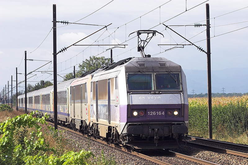 126164 and 426146, Huttenheim 13/9/2012<br /> 96214 0821 Basel SNCF-Strasbourg