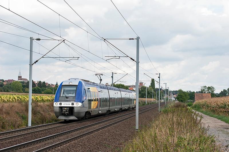 27939 Hochfelden 13/9/2012<br /> 830308 1550 Strasbourg-Metz Ville