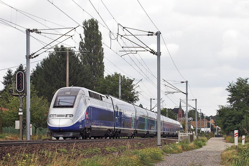 TGV4706 Hochfelden 13/9/2012<br /> TGV5488 1501 Strasbourg-Nantes