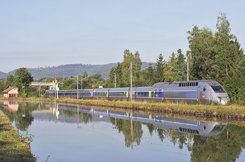 TGV4409 Steinbourg 14/9/2012<br /> TGV9571 0725 Paris Est-Stuttgart Hbf