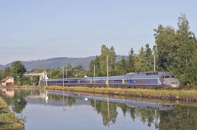 TGV501 Steinbourg 14/9/2012<br /> TGV5422 0901 Strasbourg-Lille Flandres