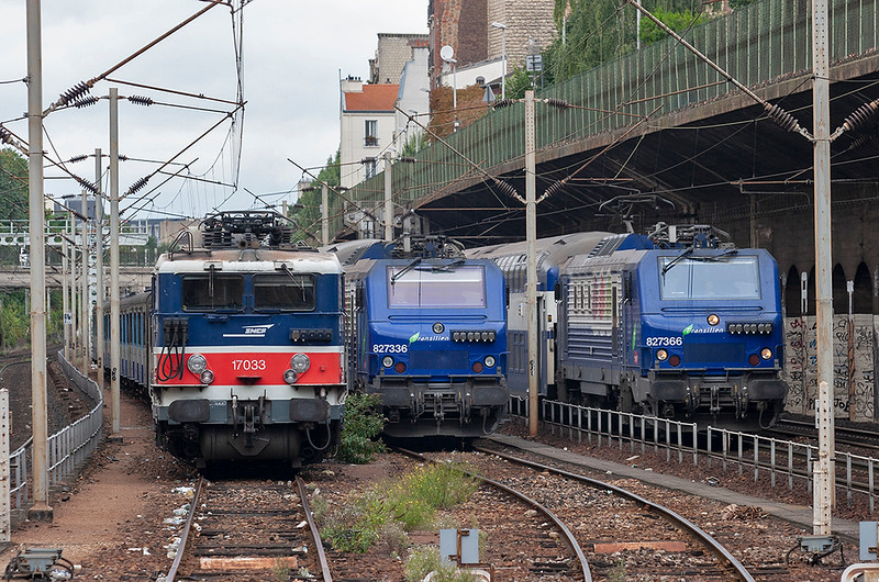827366, 817033 and 827336, Bois Colombes 14/9/2012<br /> 827336: 36884 1352 Mantes La Jolie-Paris St Lazare