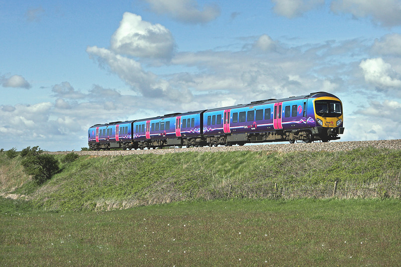 185133 Weeton 16/5/2012<br /> 1N64 1429 Manchester Airport-Blackpool North