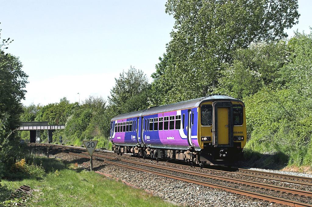 156468 Poulton-le-Fylde 16/5/2012<br /> 2J48 1520 Blackpool North-Manchester Victoria