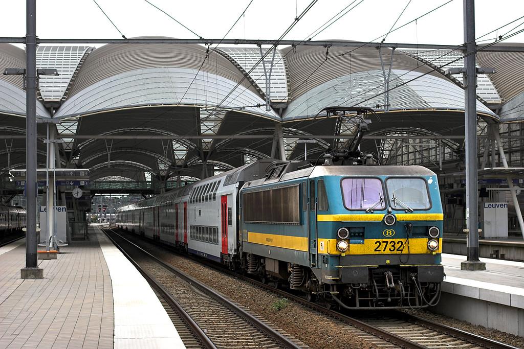 2732 Leuven 15/8/2012<br /> DZ18011 1745 Leuven-Genk