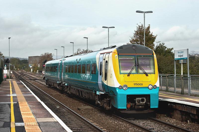 175005 Bridgend 19/10/2012<br /> 1W23 1102 Camarthen-Manchester Piccadilly