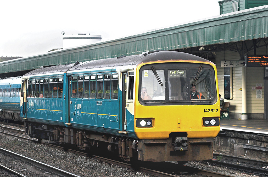 143622 Cardiff Central 19/10/2012