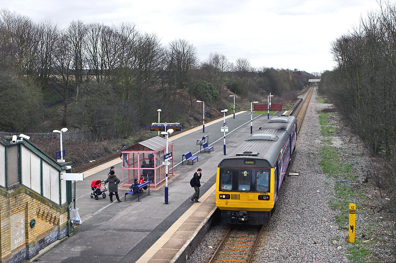 142001 Daisy Hill 20/3/2012<br /> 2F11 1110 Manchester Victoria-Kirkby