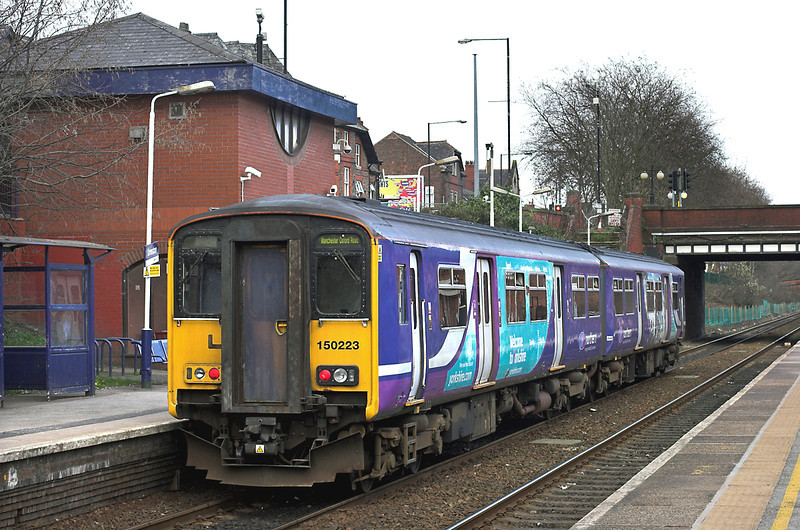 150223 Urmston 20/3/2012<br /> 2H46 1455 Liverpool Lime Street-Manchester Oxford Road