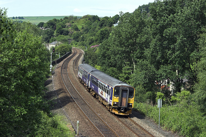 155344 Horsfall Tunnel 20/6/2012<br /> 2U07 1000 Manchester Victoria-Leeds