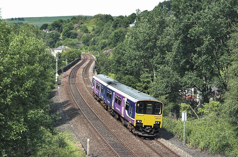 150132 Horsfall Tunnel 20/6/2012<br /> 2E15 0922 Manchester Victoria-Leeds