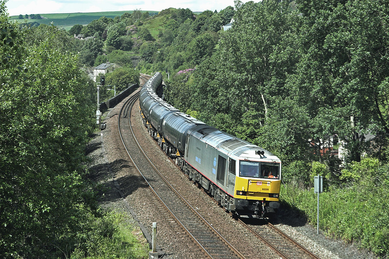 60099 Horsfall Tunnel 20/6/2012<br /> 6E32 0855 Preston Docks-Lindsey OR