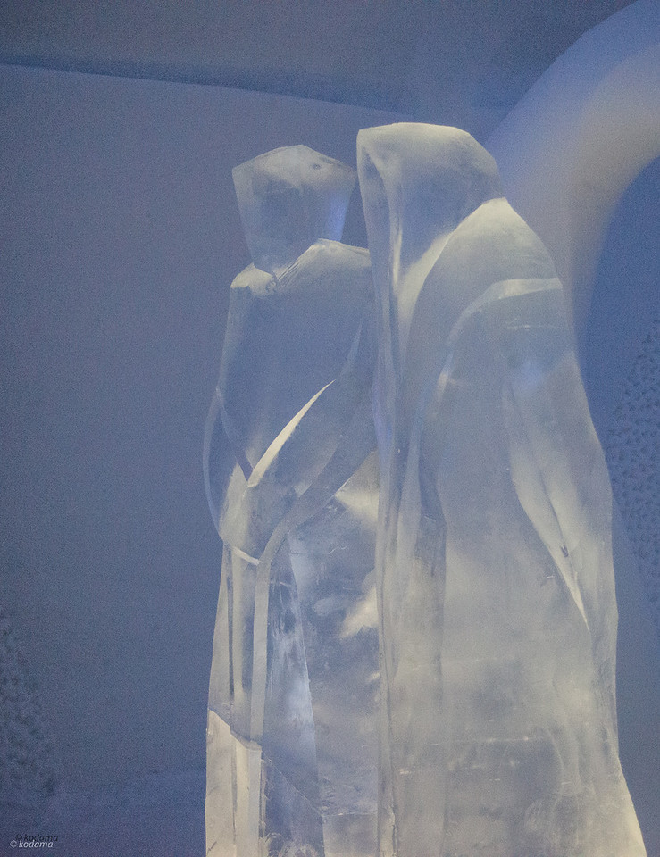 More carvings from Icehotel.