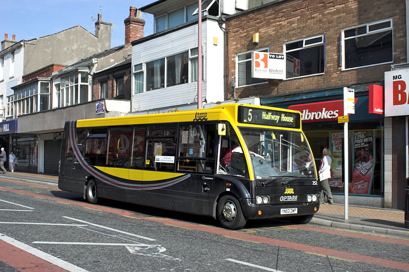 252 YN53ZWP, Blackpool 21/5/2012