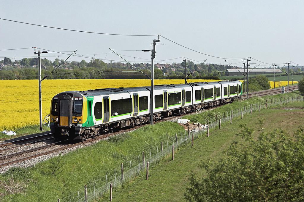 350233 Watford 22/5/2012<br /> 1Y19 1513 London Euston-Birmingham New Street