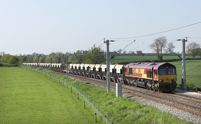 66092 Watford 22/5/2012<br /> 6B30 1253 Mountsorrel-Northampton