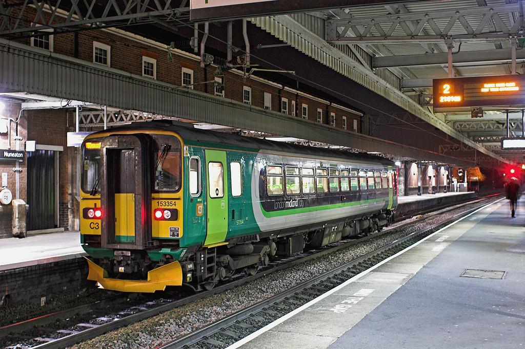 153354 Nuneaton 23/11/2012<br /> 2G62 2115 Nuneaton-Coventry