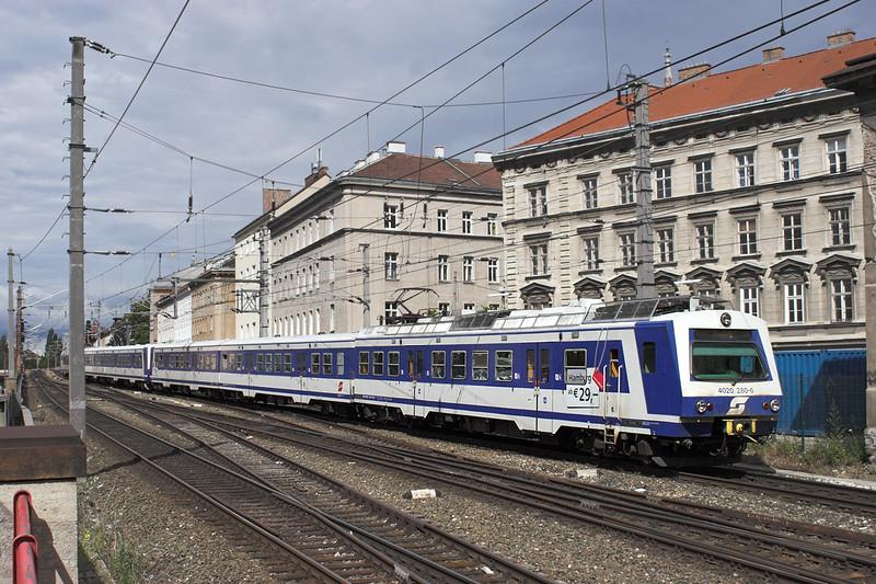 4020 280 Wien Mitte 25/6/2012<br /> S9 1522 Gänersdorf-Mödling