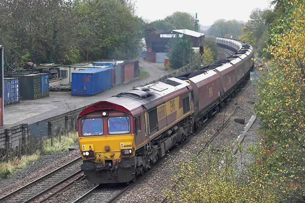 66060 Ram Hill 25/10/2012<br /> 6E86 1300 Portbury CT-Ferrybridge PS