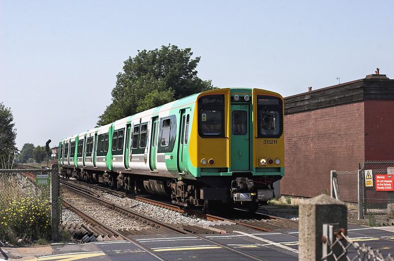 313211 Worthing 26/7/2012<br /> 2E62 1309 West Worthing-Brighton