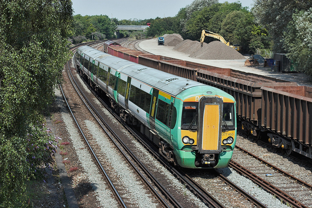 377450 Chichester 26/7/2012<br /> 1C33 1012 Portsmouth Harbour-London Victoria