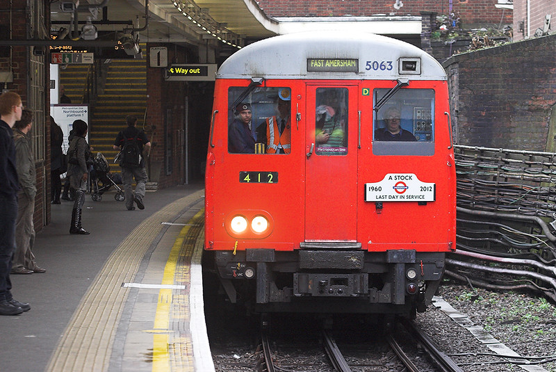 Metropolitan Line 5063, Finchley Road 26/9/2012
