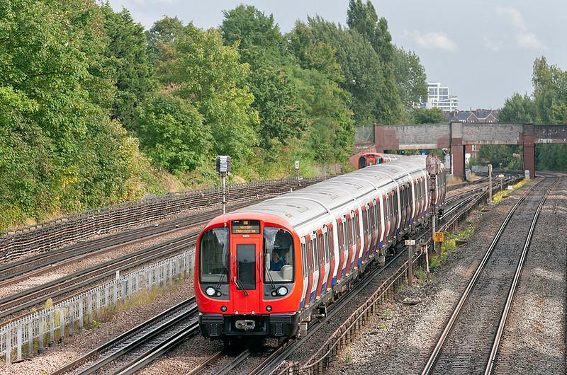 Metropolitan Line 21099, Willesden Green 26/9/2012