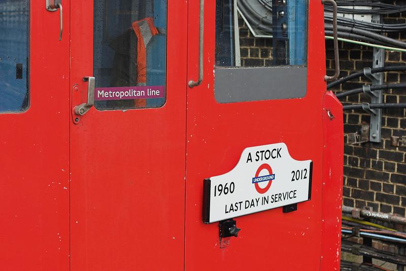Metropolitan Line 5063, Harrow on the Hill 26/9/2012