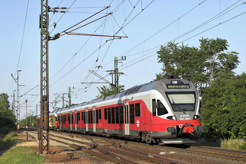 5341 006 and 5341 040, Nagyszent János 27/6/2012<br /> 4923 1831 Györ-Budapest Déli pu
