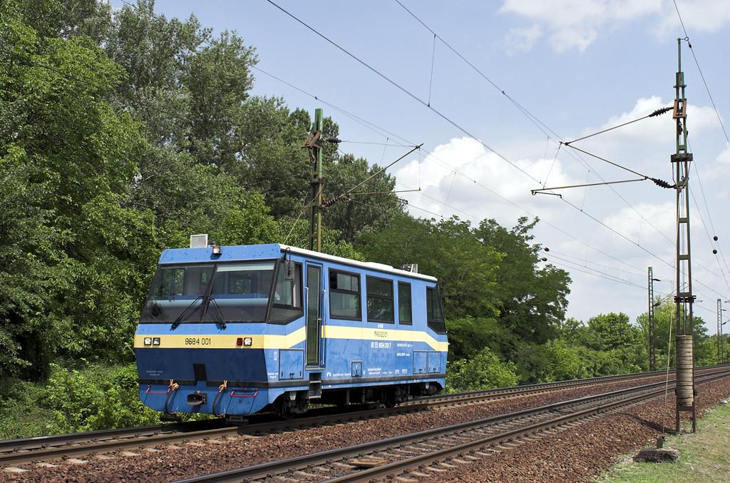 9684 001 Szöny 28/6/2012