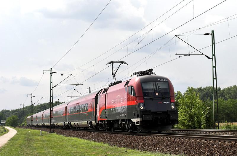 1116 231 Szöny 28/6/2012<br /> RJ63 0927 München Hbf-Budapest Keleti pu
