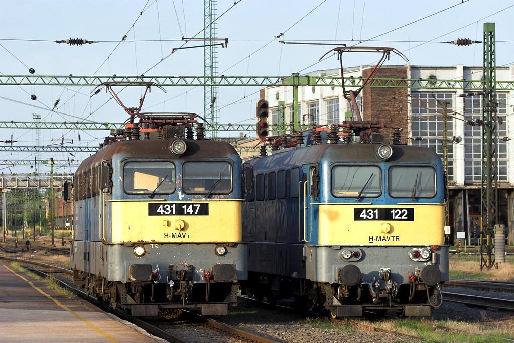 431147 and 431122, Székesfehévár 28/6/2012