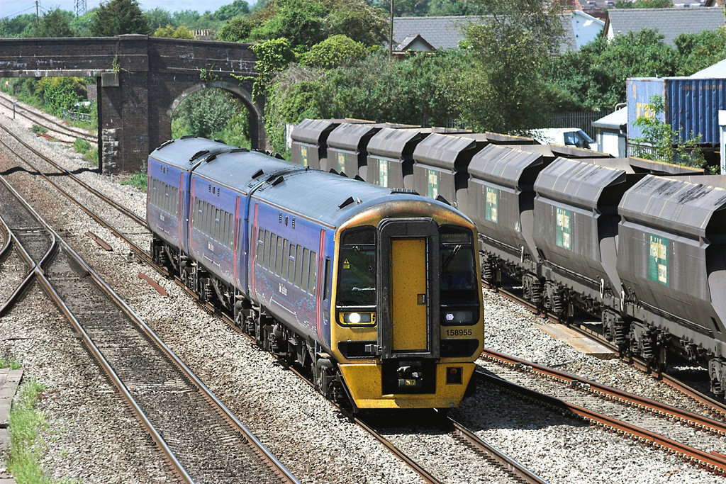 158955 Magor 29/5/2012<br /> 1F17 1230 Cardiff Central-Portsmouth Harbour