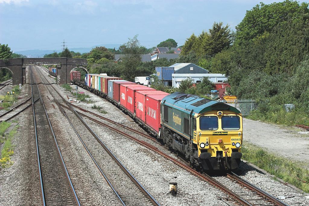 66563 Magor 29/5/2012<br /> 4O51 0958 Wentloog-Southampton MT
