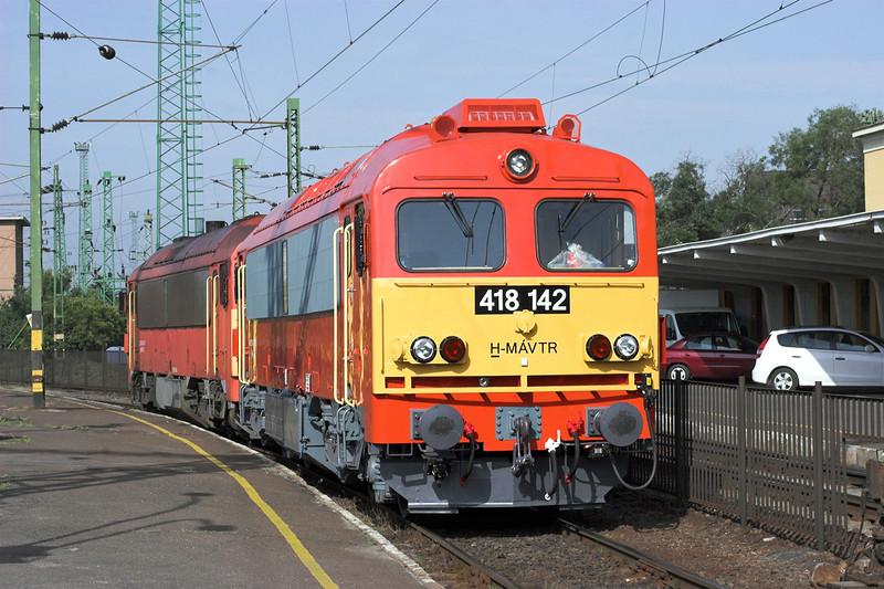 418142 and 418313, Székesfehévár 29/6/2012