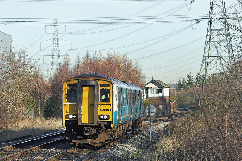 150284 Hawarden Bridge 29/11/2012<br /> 2J77 1032 Bidston-Wrexham Central