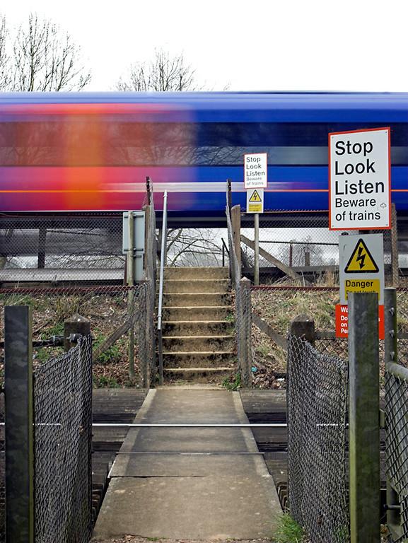 East Oakley Foot Crossing 30/3/2012