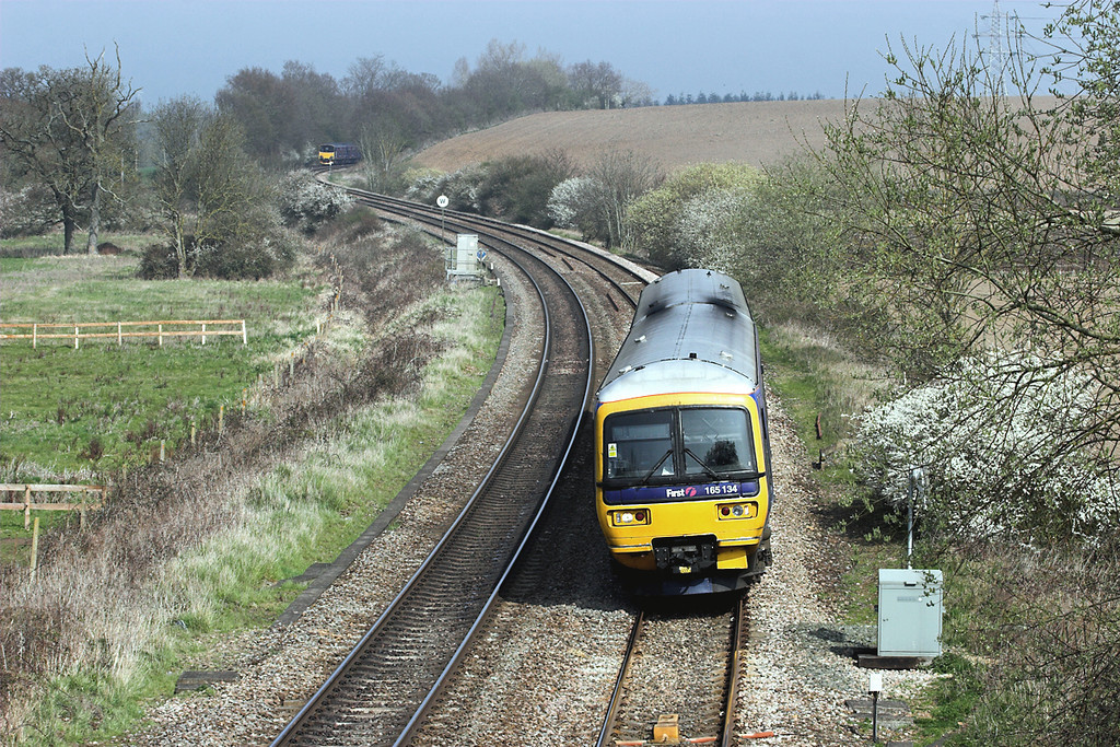 165134 Mortimer 30/3/2012<br /> 2J37 1339 Reading-Basingstoke