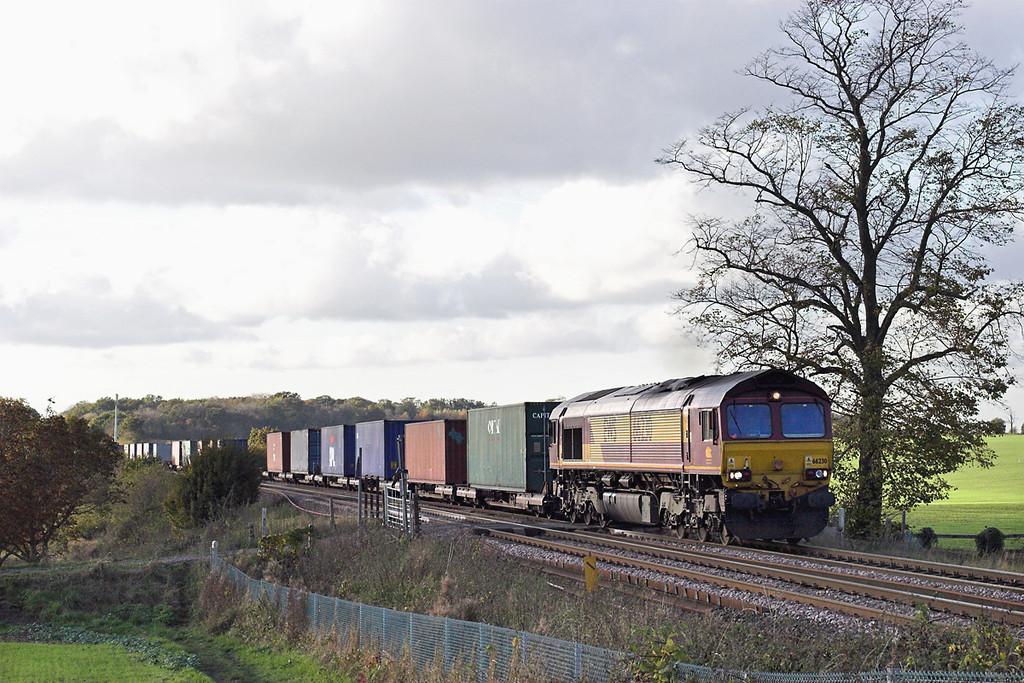 66230 Elmswell 30/10/2012<br /> 4L45 0955 Wakefield Europort-Felixstowe FLT