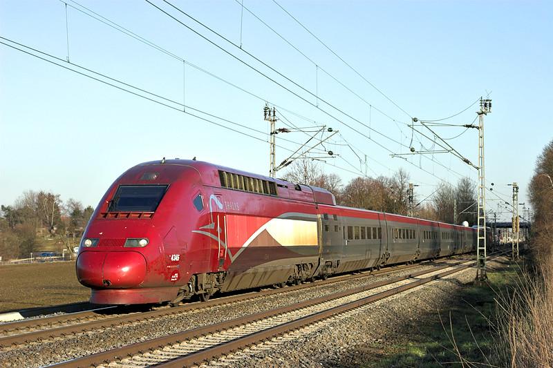 4345 Langerwehe 4/3/2013<br /> THA9472 1642 Köln Hbf-Paris Nord