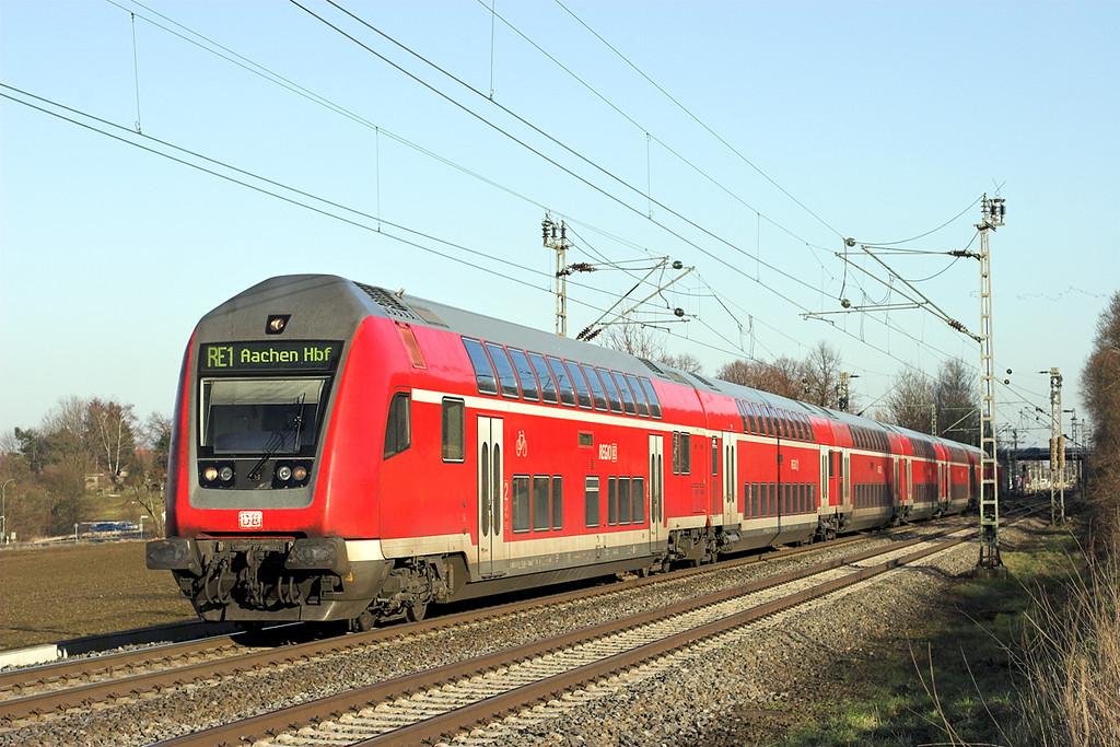 146027 (on rear), Langerwehe 4/3/2013<br /> RE10158 1338 Paderborn Hbf-Aachen Hbf