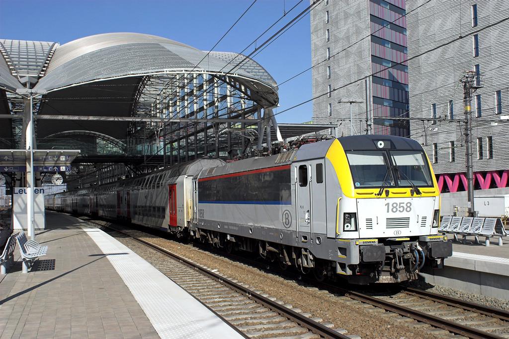 1858 Leuven 4/3/2013<br /> IC1534 1139 Tongeren-Knokke/Blankenberge
