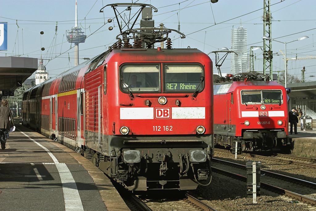 112162 Köln Messe/Deutz 5/3/2013<br /> RE10712 0935 Krefeld-Rheine