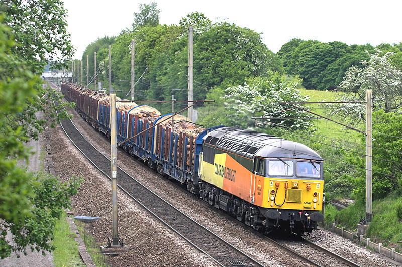 56087 Charnock Richard 5/6/2013<br /> 6J37 1244 Carlisle Yard-Chirk