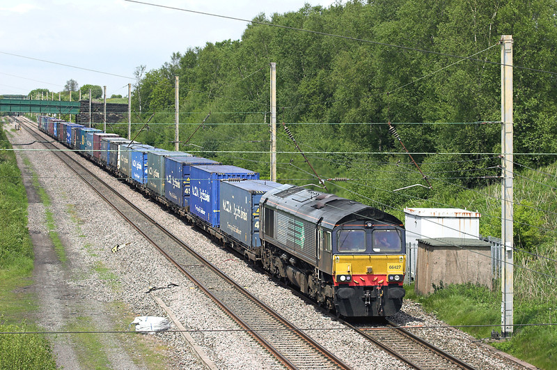 66427 Standish 5/6/2013<br /> 4M44 0847 Mossend Yard-Daventry